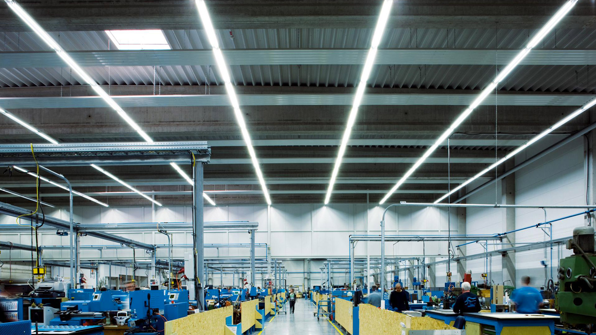 Plafoniere Industriali A Led : Flexsolight illuminazione industriale led
