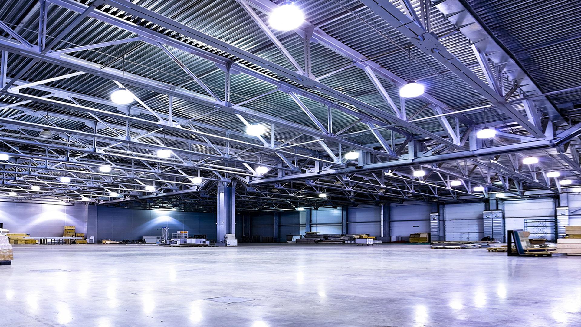 Plafoniere Per Capannoni Industriali : Favoloso lampade a led per capannoni industriali idee la casa